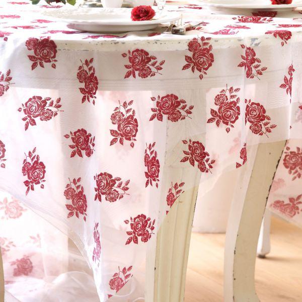 Organza Rosenblüten, rot auf weiß, beflockt