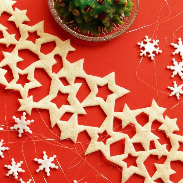 Weihnachtliches Tischband Filz Sterne, creme